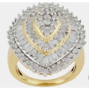 Womens Pyramid Cocktail Ring 2 ctw Genuine Diamond